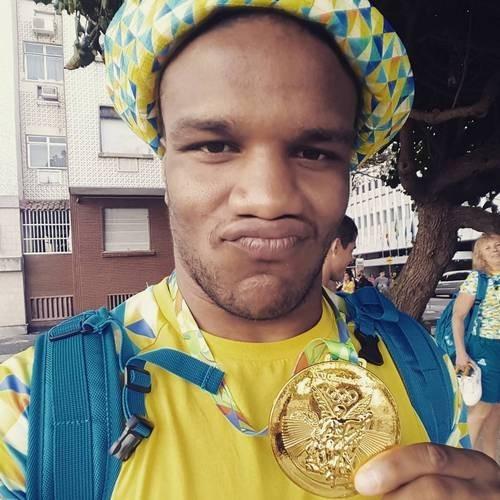 Почему Джамале предлагают квартиру, анам нет— Украинский олимпийский призер