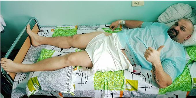 Самый сильный человек Василий Вирастюк показал свои фото сбольничной койки